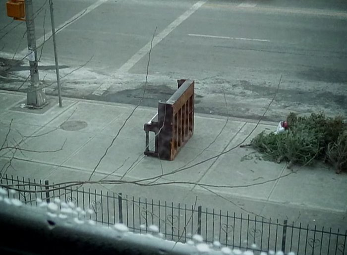 Citylife: The Lone Piano